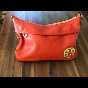 Small Tory Burch leather purse